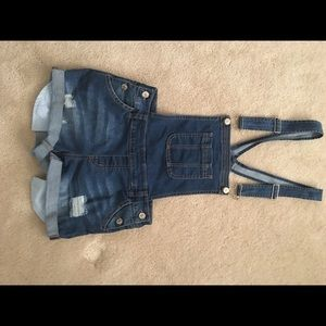 Forever 21 overall shorties small